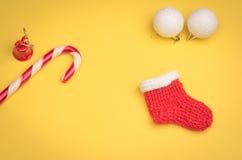 Nieuwjaar` s speelgoed en suikergoed Stock Foto's
