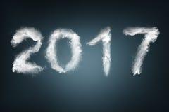 Nieuwjaar 2017 tekst met sneeuw wordt gemaakt die Royalty-vrije Stock Afbeeldingen