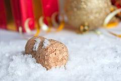 Nieuwjaarconcept met champagnecork Stock Afbeeldingen