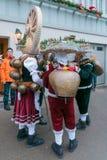 Nieuwjaarmummers ( Silvesterchlausen) in Urnasch, Appenzell Royalty-vrije Stock Afbeeldingen