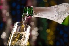 Nieuwjaarskaart met champagne Stock Afbeeldingen