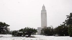 Nieve céntrica de la capital de Baton Rouge metrajes