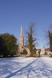 Nieve de la catedral de Salisbury Imágenes de archivo libres de regalías