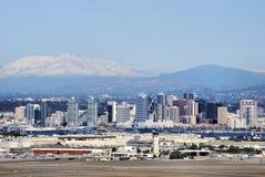 Nieve de la montaña sobre San Diego Imágenes de archivo libres de regalías