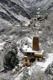 Nieve de la primavera del pueblo tibetano Imágenes de archivo libres de regalías