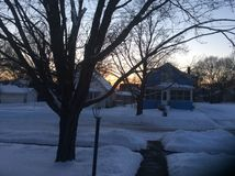 Nieve durante puesta del sol imágenes de archivo libres de regalías