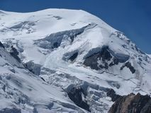 Nieve Monte Bianco de las montañas de las montañas Imagen de archivo libre de regalías