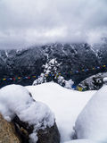 Nieve sobre el bazar de Namche Imagenes de archivo