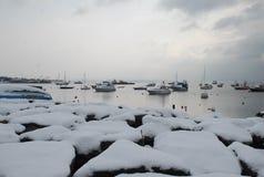 Nieve y barcos Foto de archivo