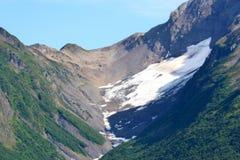 Nieve y valle Imagen de archivo libre de regalías