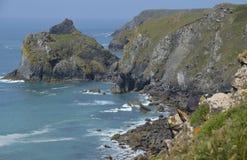 Niewygładzona linia brzegowa przy jaszczurką, Cornwall Obraz Stock