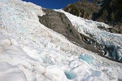 Niewygładzony lodowa lód na halnym skłonie zdjęcie stock