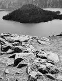 Niewygładzony widok wyspa fotografia stock
