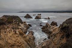 Niewygładzony wybrzeże punkt Lobos Kalifornia zdjęcie royalty free