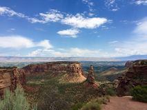 Niezależność zabytek, Pomnikowy jar, Kolorado park narodowy obrazy stock