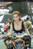 Niezidentyfikowany model z HONDA CB500F motocyklem Obrazy Stock