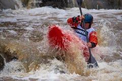 Niezidentyfikowany setkarz przy rocznego Icebreak whitewater 2018 kayaking rywalizacją obrazy stock