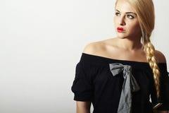 Niezwykłe Piękne blondynów Woman.Red Seksowne wargi Fotografia Royalty Free