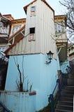 Niezwykły mały ściśle mieszkać w Starym miasteczku w Tbilisi Obrazy Stock
