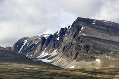 Niezwykły przyglądający halny masyw w Norwegia Zdjęcia Stock