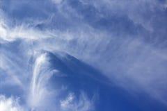 Niezwykłe chmury pierzastej chmury formacje Obraz Royalty Free
