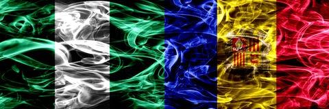 Nigeria, Nigeryjski vs Andorra, Andorran dymu flaga umieszczająca strona strona - obok - Gęsty abstrakt barwił silky dymne flagi ilustracja wektor