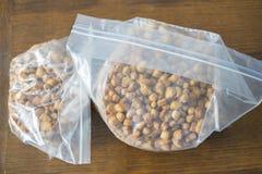 Nigerianska Chin Chin Snack Served på partier arkivfoton