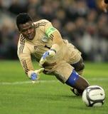 Nigeryjski bramkarz Chigozie Agbim zdjęcia stock