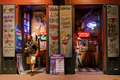 Night bar in Bourbon Street Royalty Free Stock Photography