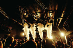 Night club silhouette crowd at fog concert Royalty Free Stock Photography