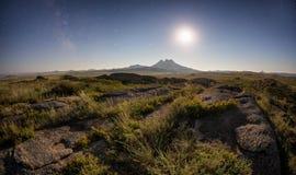 Free Night In Desert Mountains Royalty Free Stock Photo - 75492175