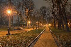 Free Night Lights Landscape Of Saint Vladimir Hill. A Deserted Straight Alley With Benches And Lanterns. Royalty Free Stock Photo - 170223795