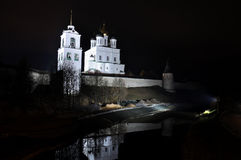 Night river view on Pskov Kremlin, Krom Stock Photography