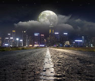 Night road in the city Royalty Free Stock Photos