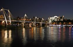 night thames Στοκ φωτογραφία με δικαίωμα ελεύθερης χρήσης