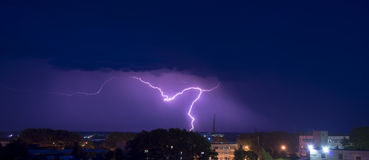 Night thunderstorm over the buildings Royalty Free Stock Photography