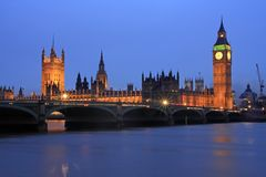 Night time along the River Thames Royalty Free Stock Photos