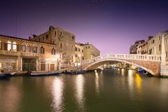 Night view of canals in Venice Stock Photos