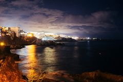 Night view on coastline and ocean royalty free stock photos