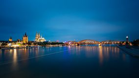 Night View Of Cologne Cathedral And Hohenzollern Royalty Free Stock Images