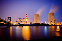 Night view of industrial plants Royalty Free Stock Photography
