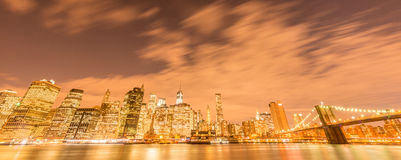 The night view of manhattan and brooklyn bridge Stock Photography