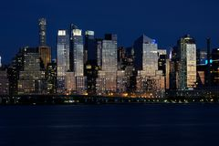 Night view of the Manhattan skyline in New York City Royalty Free Stock Photos
