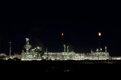 Night View of an Oil Refinery Plant Royalty Free Stock Image
