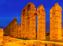 Night view of old roman aqueduct at Merida Royalty Free Stock Photography