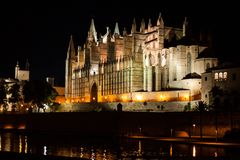 Night view of Palma de Mallorca Cathedral, La Seu, from Parc de la Mar. Palma, Majorca. Spain Royalty Free Stock Photos