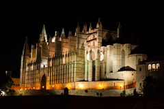 Night view of Palma de Mallorca Cathedral, La Seu, from Parc de la Mar. Palma, Majorca. Spain Stock Photo