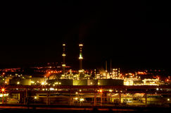 Night view of a petrochemical refinery Royalty Free Stock Photos