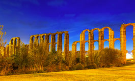 Night view of  roman aqueduct at Merida Royalty Free Stock Images