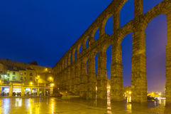 Night view of Roman Aqueduct of Segovia Royalty Free Stock Photos